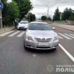 У Рівному на пішохідному переході водій автомобіля збив дитину