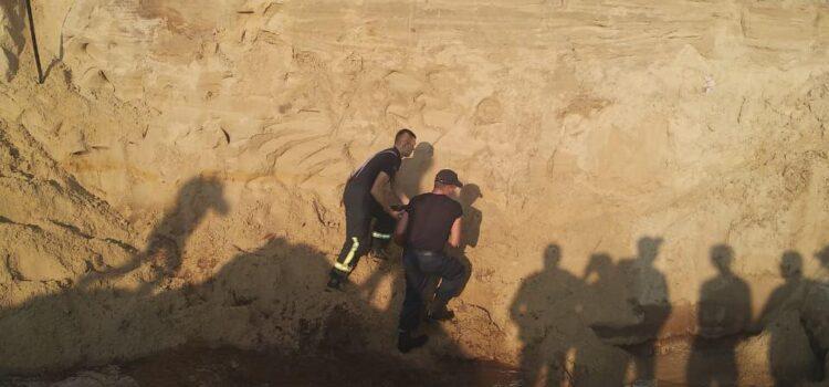 На Сарненщині знайшли тіло хлопчика, якого засипало піском у піщаному кар'єрі