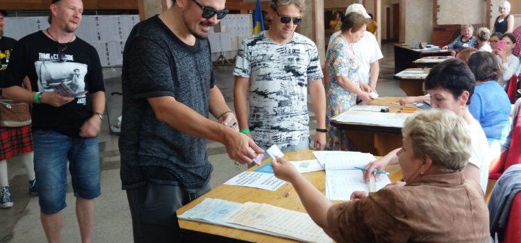 Вибори на Рівненщині: порядок, порушення та цікаві факти