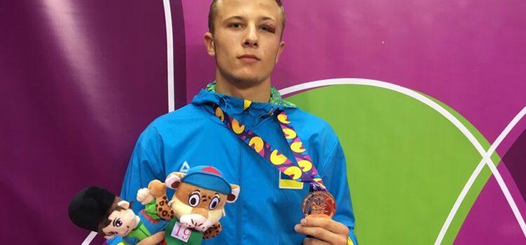 Борець з Рівненщини здобув бронзу на XV Європейському юнацькому олімпійському фестивалі