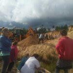 На Рівненщині у кар'єрі піском засипало двох дітей