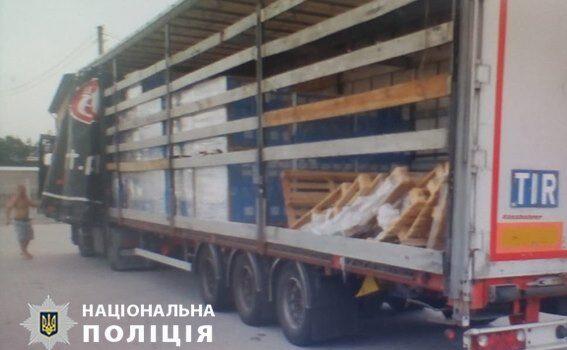 На Рівненщині затримали злочинну групу на крадіжці товару, вартістю 2 мільйони гривень