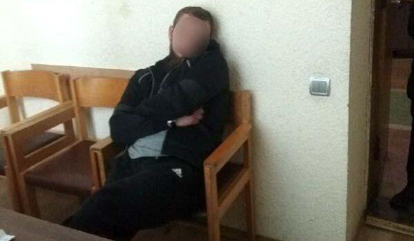 За спричинення тілесних ушкоджень патрульному слідчі затримали жителя Рівного