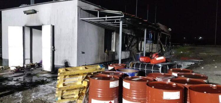 У Рівненському районі на території підприємства була пожежа