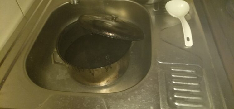 У Вараші через підгоряння їжі ледве не згоріла квартира