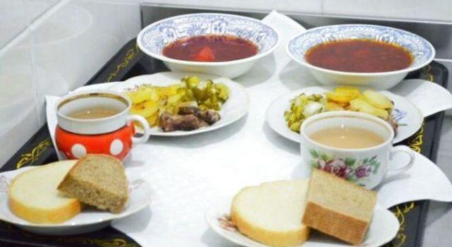 Майже 44 тисячі учнів Рівненщини мають право на безоплатне харчування у школах