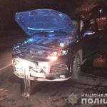 У Рівному водійка позашляховика протаранила два авто
