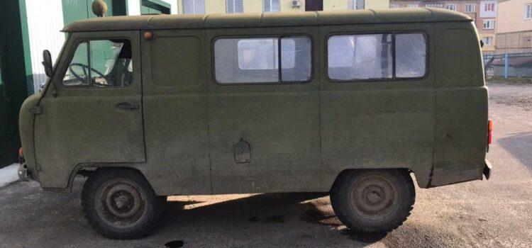 Поліцейські із місць незаконного видобутку бурштину вилучили три мотопомпи та авто