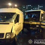 Внаслідок зіткнення мікроавтобуса та маршрутного таксі у Рівному постраждало двоє осіб