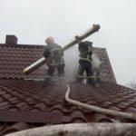 У Корці вогнеборці врятували житловий будинок від знищення вогнем