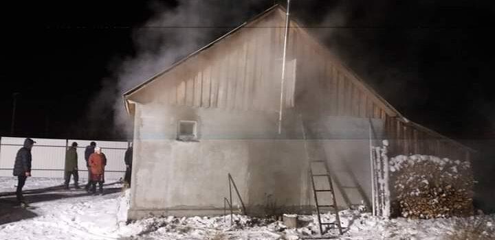Сарненські вогнеборці ліквідували пожежу у приватному господарстві